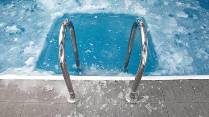 Wie wird der Pool winterfest gemacht?