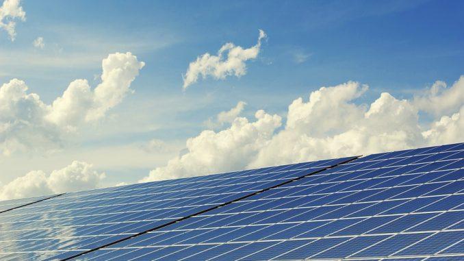 Eine Solaranlage fürs Dach: Lohnt sich das?