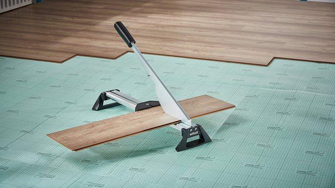 laminat schneiden mit dem laminatschneider von wolfcraft hauskauf. Black Bedroom Furniture Sets. Home Design Ideas