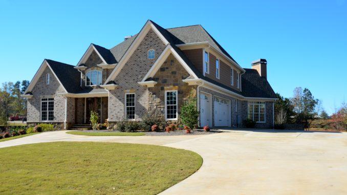 Luxuriöses Haus blauer Himmel Villa