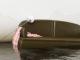 Sofa steht im Wasser in einer Wohnung