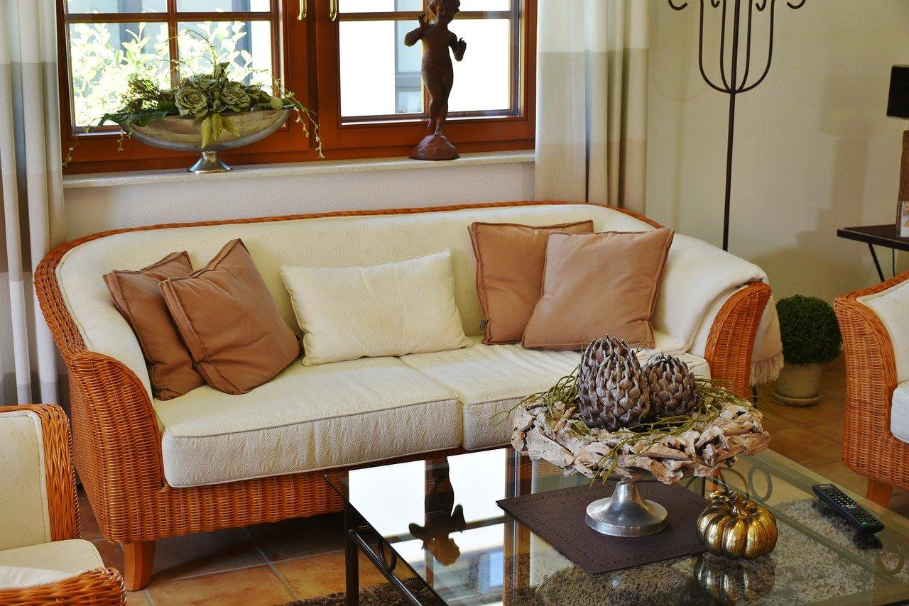 Sofa Garnitur im Landhausstil